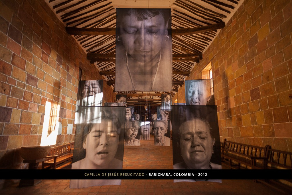 imagen 11 - Erika Diettes sudarios - Capilla de jesus resucitado - Barichara - Colombia.2012 (1)