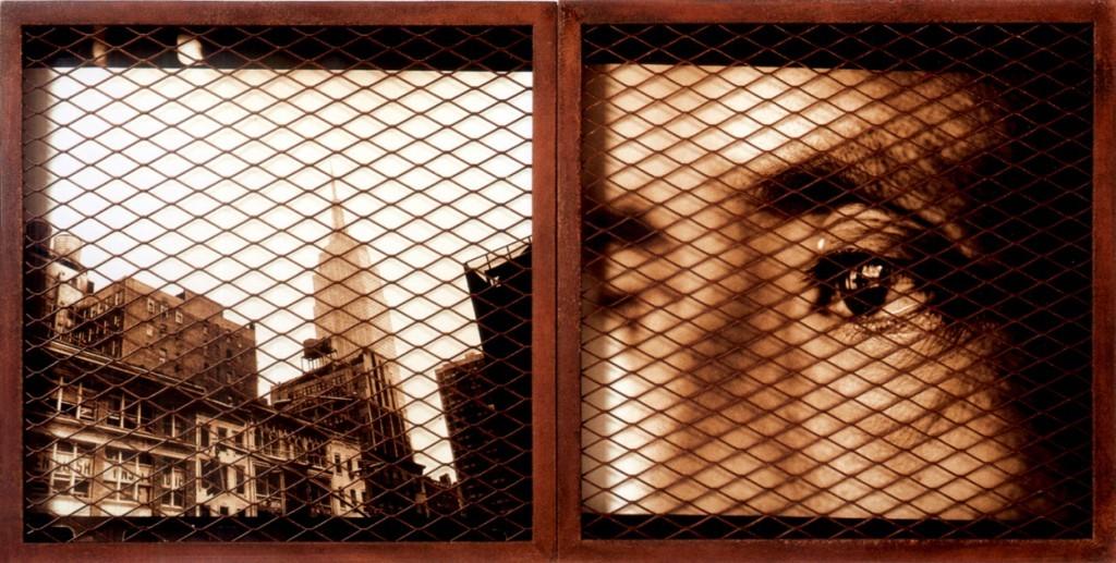 Imagen 09 - Luis Gonzalez palma -Tensiones hermeticas -seleccion- fotografia analogica con malla metalica 100x15cm 1997 -