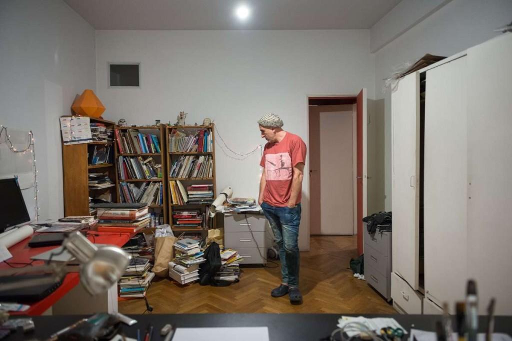 REP en su estudio. Foto: Diego Grispo.