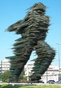 "Escultura en vidrio, ""The runner"", Varotsos Costas."