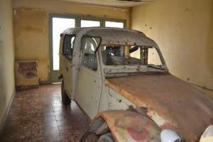 La camioneta en el garaje