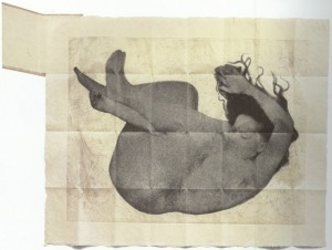 04)  Kiki Smith Free Fall. Fotograbado - 1994
