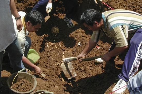 Equipo de Antropología forense.