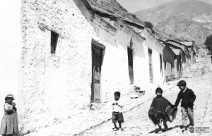 Calle de Pueblo - 1966 - Archivo General de la Nación