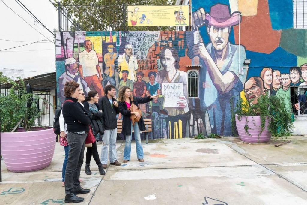 Paco Olveira y el Anartista en la Fundación Isla Maciel. Fotografía: Diego Grispo.