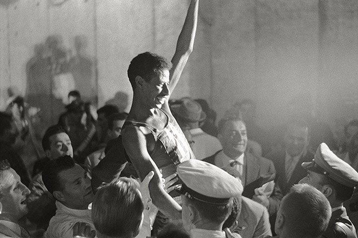 Abebe Bikila. Triunfante, 1960.