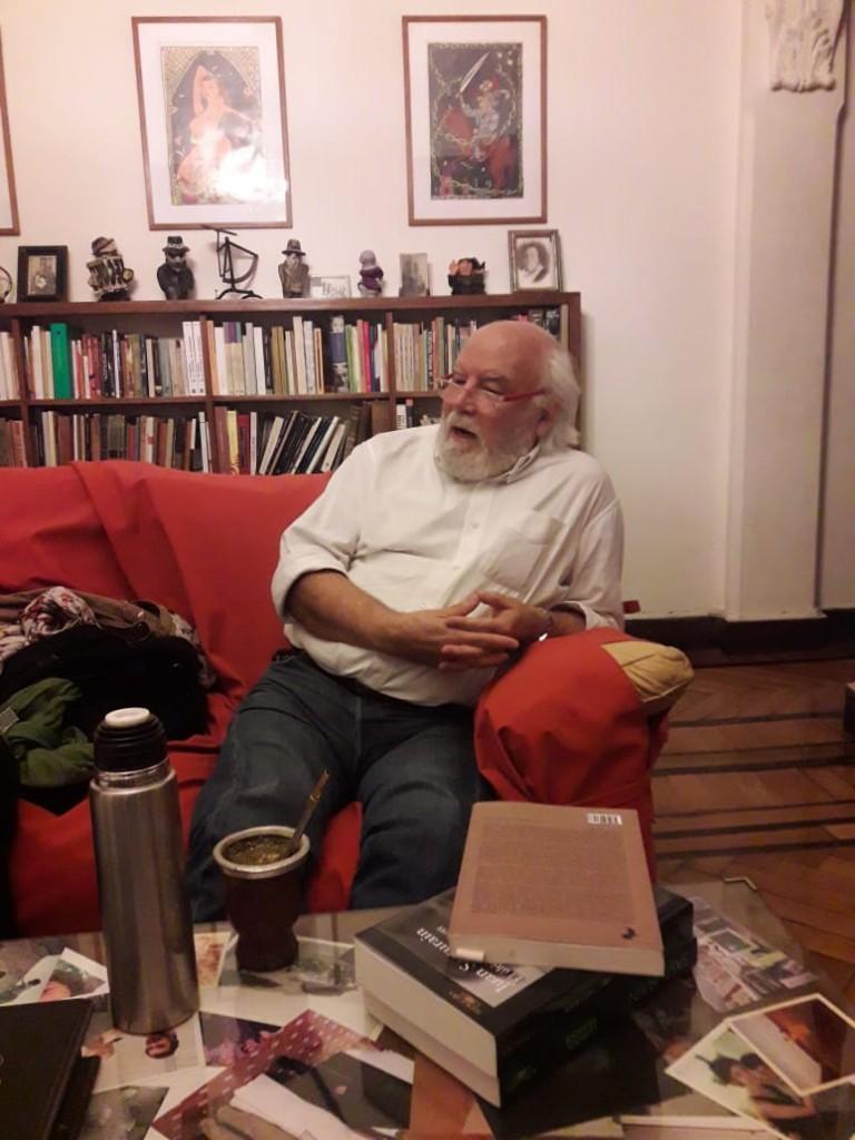 Juan Sasturain. Fotografía: Lourdes Landeira.