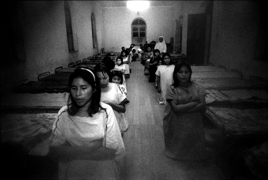 """Cecilia Larrabure. Fotografía del libro """"Ciertos vacíos""""."""
