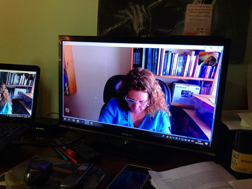 Cecilia Larrabure en diálogo con el Anartista.