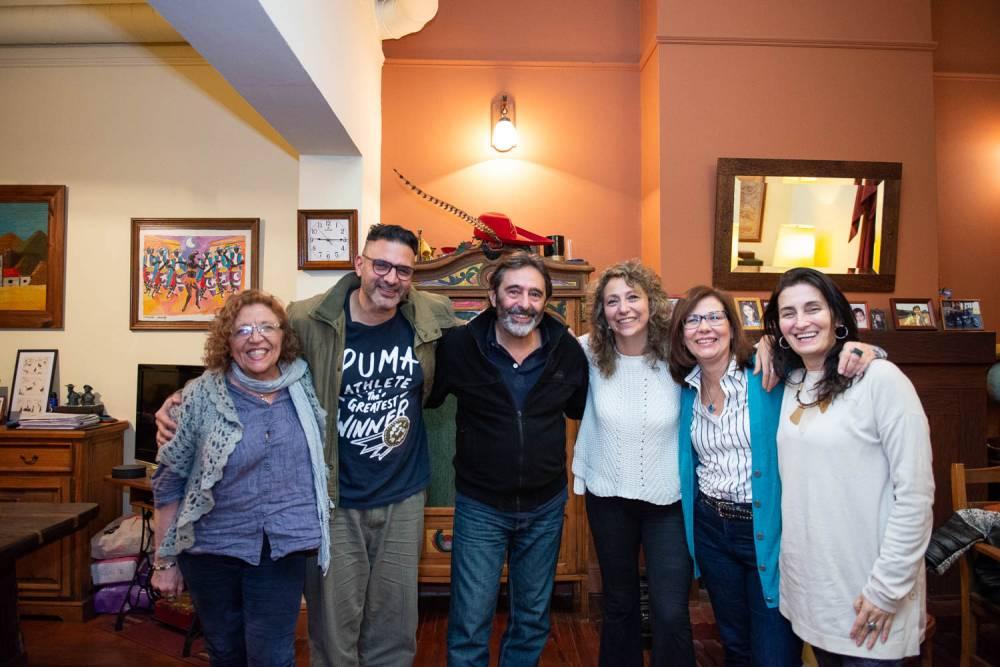 Claudio Gallardou con el Anartista. Fotografía. Diego Grispo.