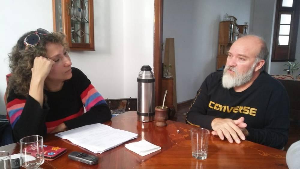 Sergio Maldonado  con el Anartista.