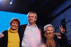 Alberto Fernández y las Madres, después del triunfo en las Paso 2019