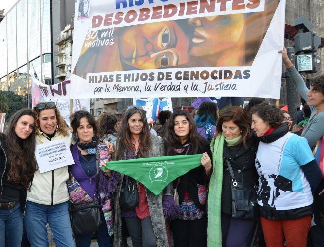"""Marcha de los """"Hijas e Hijos de genocidas"""""""