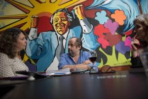 Gustavo Campana con el Anartista. Fotografía: Diego  Grispo.