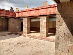 Patio de los pilares - Teotihuacan